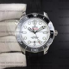 Omega Seamaster Diver 42mm Black Ceramic White Dial on Black Rubber Strap