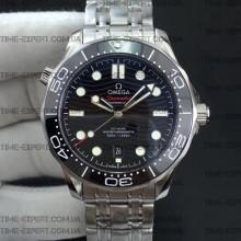 Omega Seamaster Diver 42mm Diver 300M Black Dial on Bracelet 8800